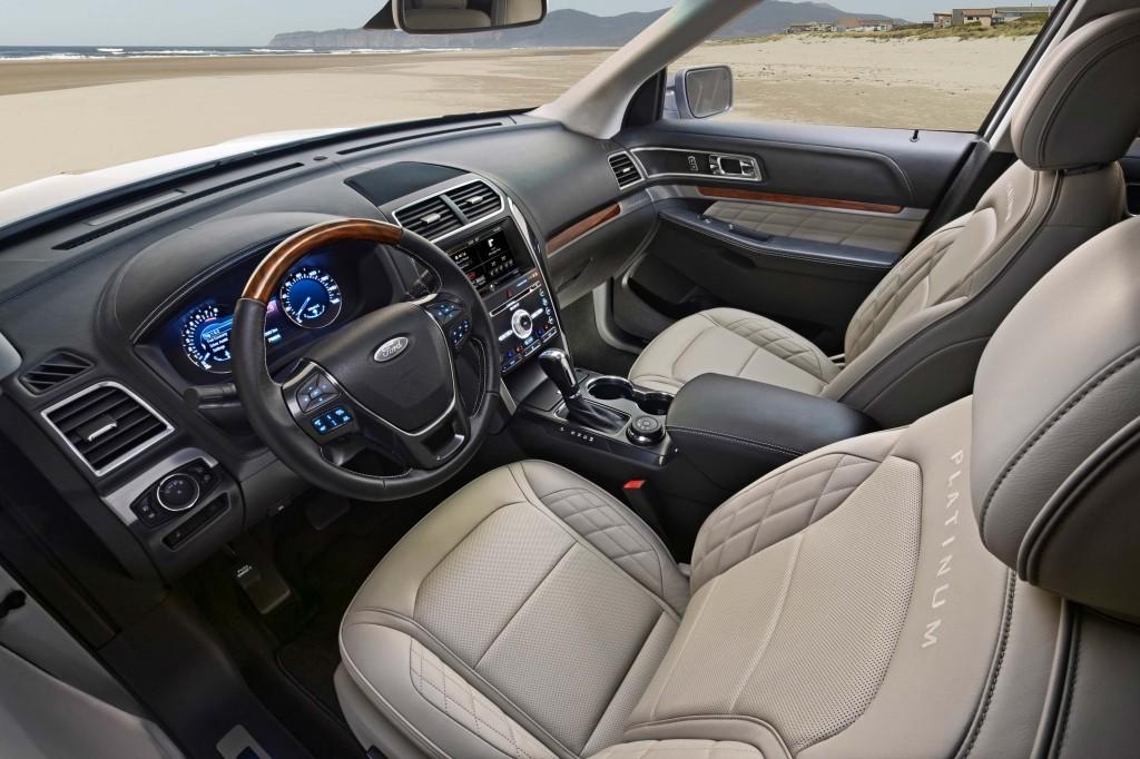 U502 Ford Explorer facelift - front seats