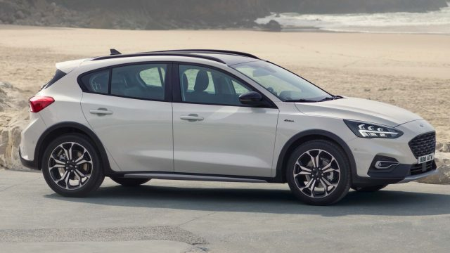 2018 Ford Focus Active hatch - side, white