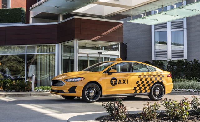 2019 Ford Fusion Hybrid Taxi Front Yellow Nyc Tlc Livery