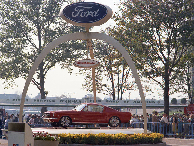 1964 World\'s Fair Ford Mustang introduction