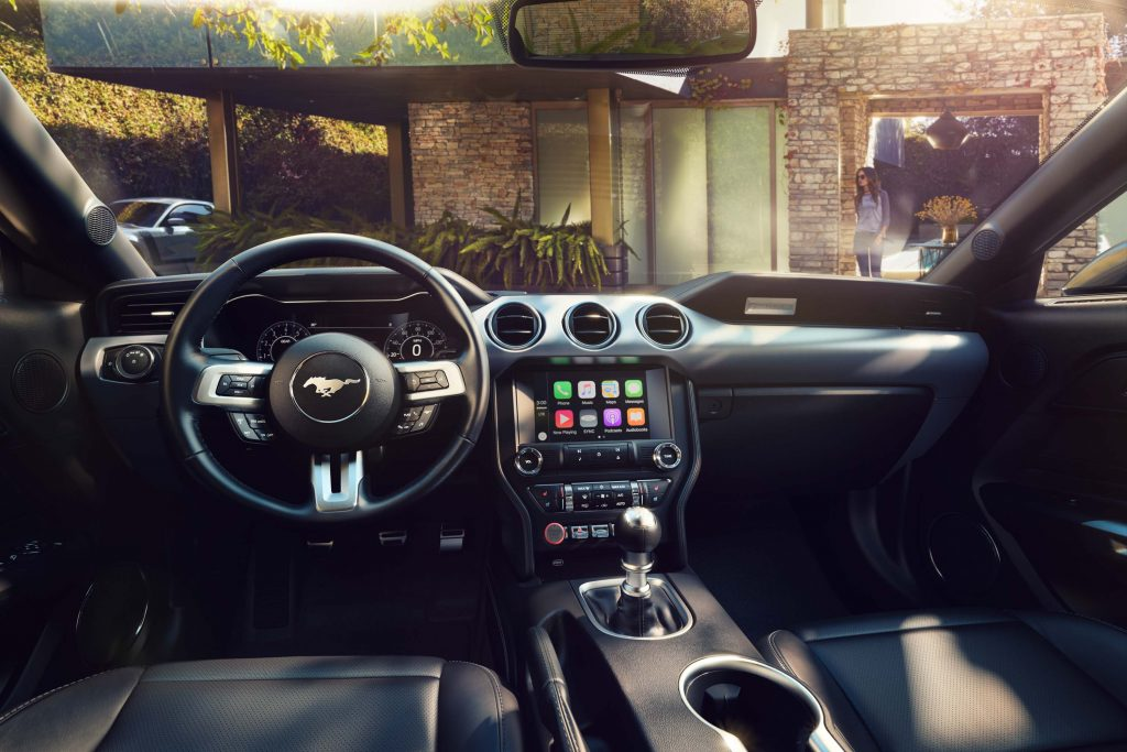2018 Ford Mustang Interior, dashboard