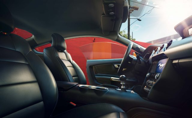 2018 Ford Mustang Interior - front seats