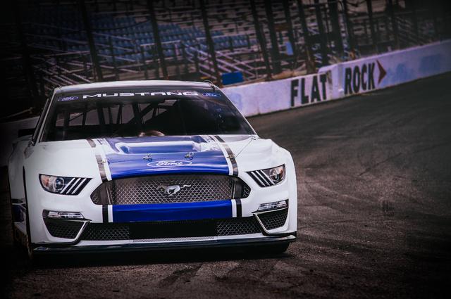 2019 Ford Mustang NASCAR