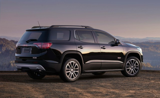2018 chevrolet traverse vs 2017 gmc acadia side by side comparison between the axles. Black Bedroom Furniture Sets. Home Design Ideas