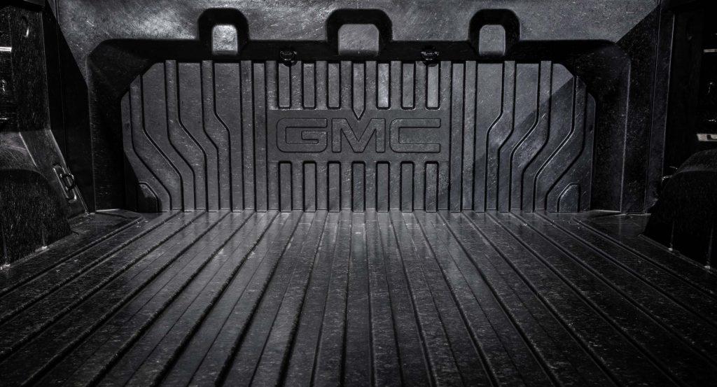 2019 GMC Sierra Denali with CarbonPro Box