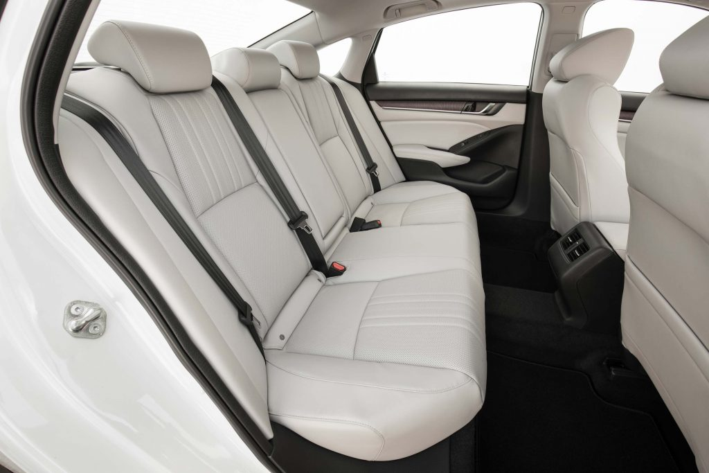 2018 Honda Accord Touring - rer seats, white leather