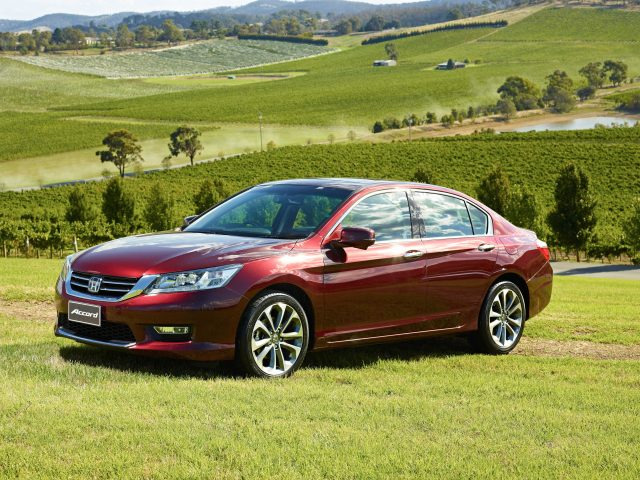 2013 Honda Accord - front, red