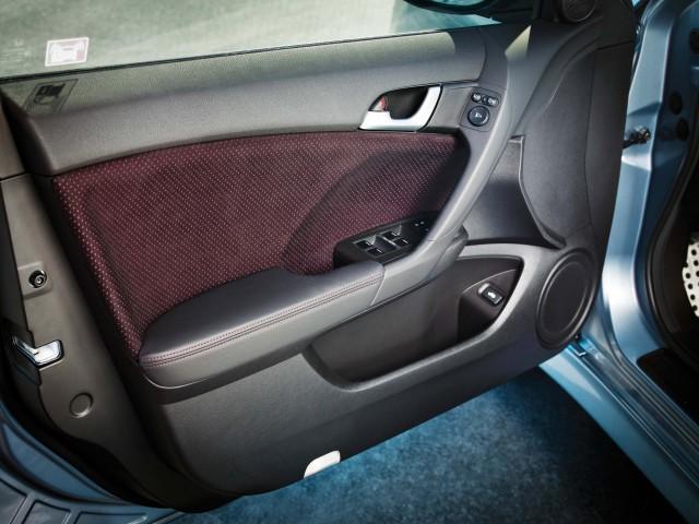 CU Honda Accord (facelift) - door trim