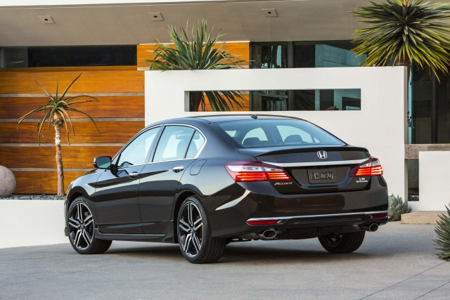 Honda Accord ninth generation MY2016 facelift - rear