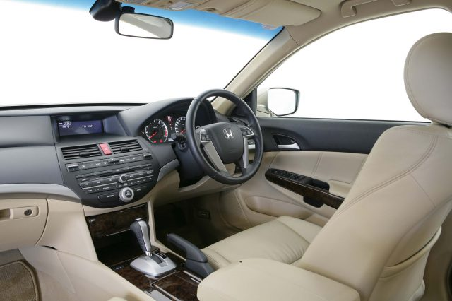 2008 Honda Accord - front seats