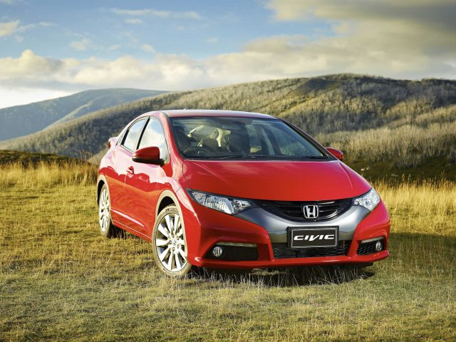2013 Honda Civic DTi-S hatch - front, red