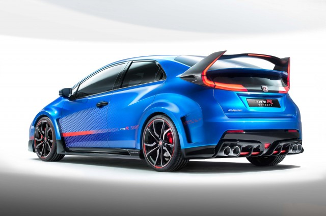 Honda Civic Type-R Concept II - rear, including massive wing with integrated tail-lights