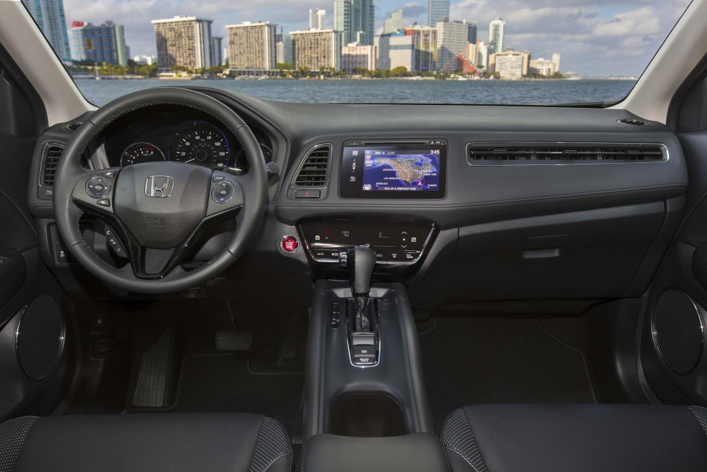 2016 Honda HR-V - interior, dashboard