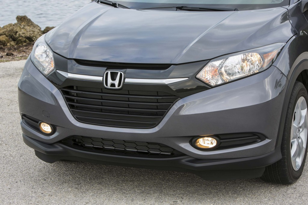 2016 Honda HR-V - headlights, grille