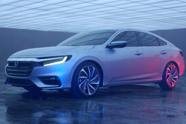 2017 Honda Insight Prototype - front, silver
