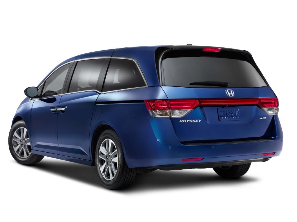2016 Honda Odyssey Touring Elite Rear