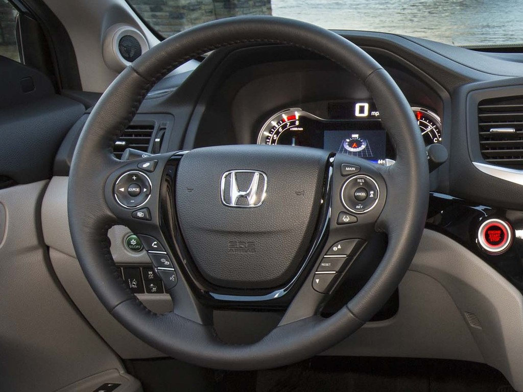 2016 Honda Pilot Elite - steering wheel