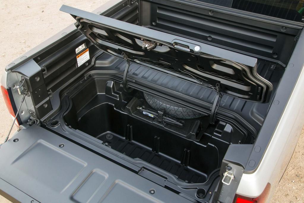 2017 Honda Ridgeline - in bed storage