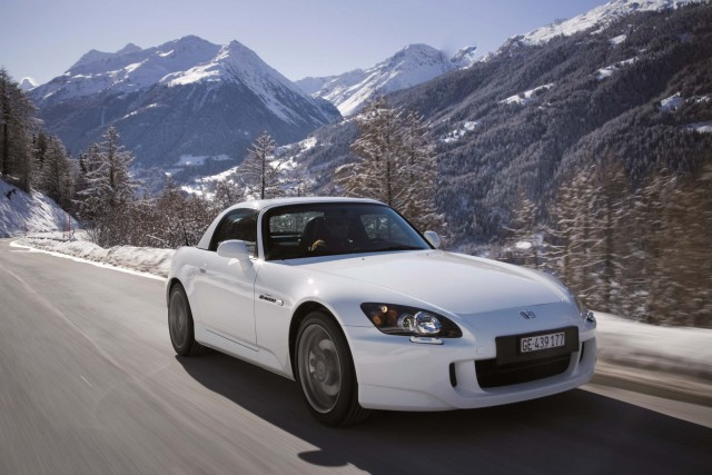 AP1 Honda S2000 facelift with hardtop photo gallery | Between the Axles