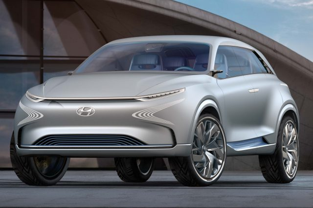 2017 Hyundai FE Fuel Cell concept - front