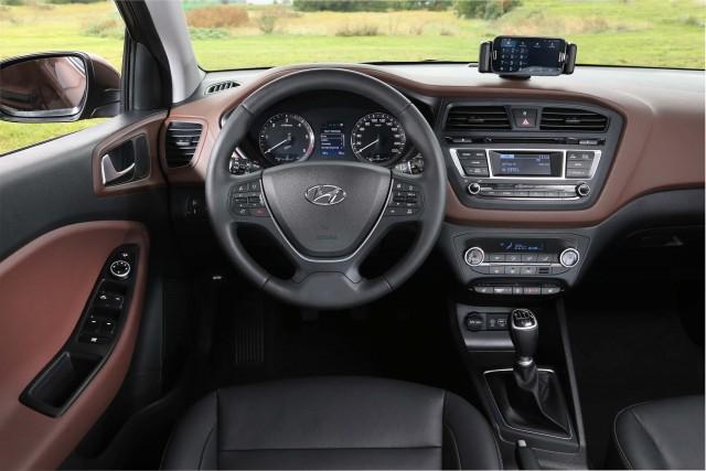 Hyundai i20 second generation - dashboard