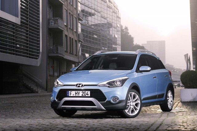 Hyundai I20 Active (second Generation)   Front, Blue