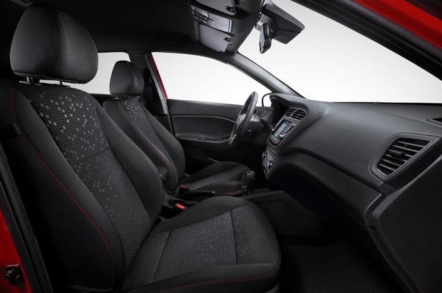 2018 Hyundai i20 facelift - fornt seats