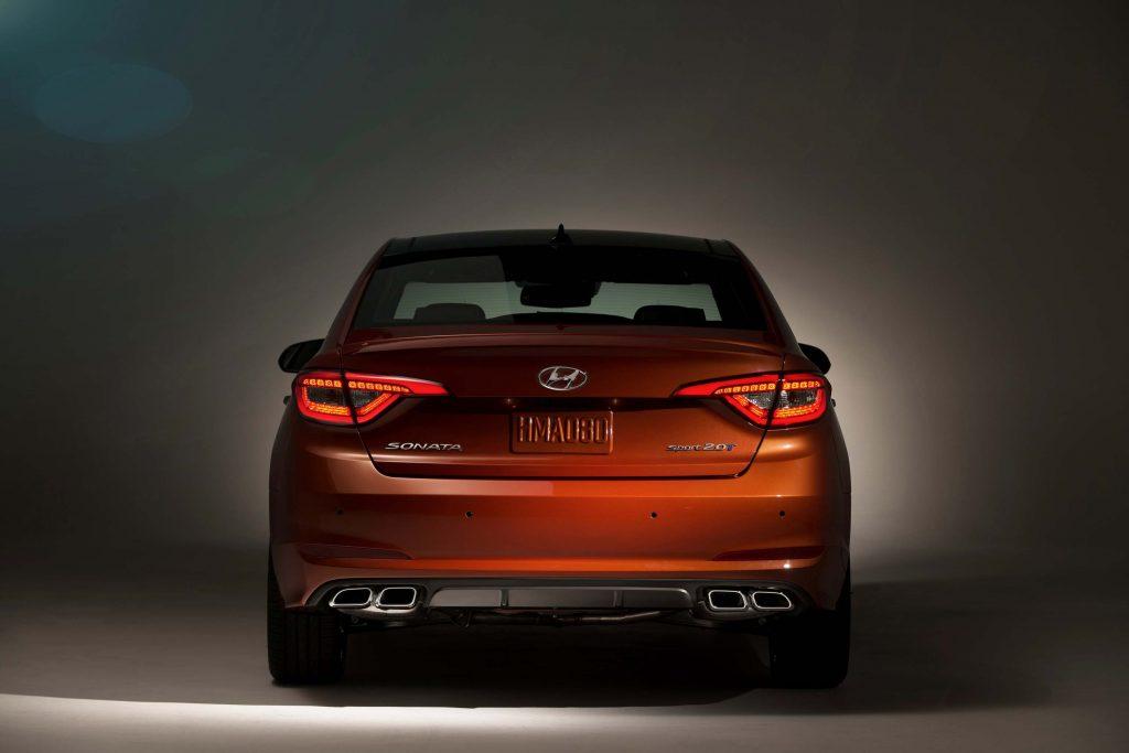 2015 Hyundai Sonata 2.0T - rear