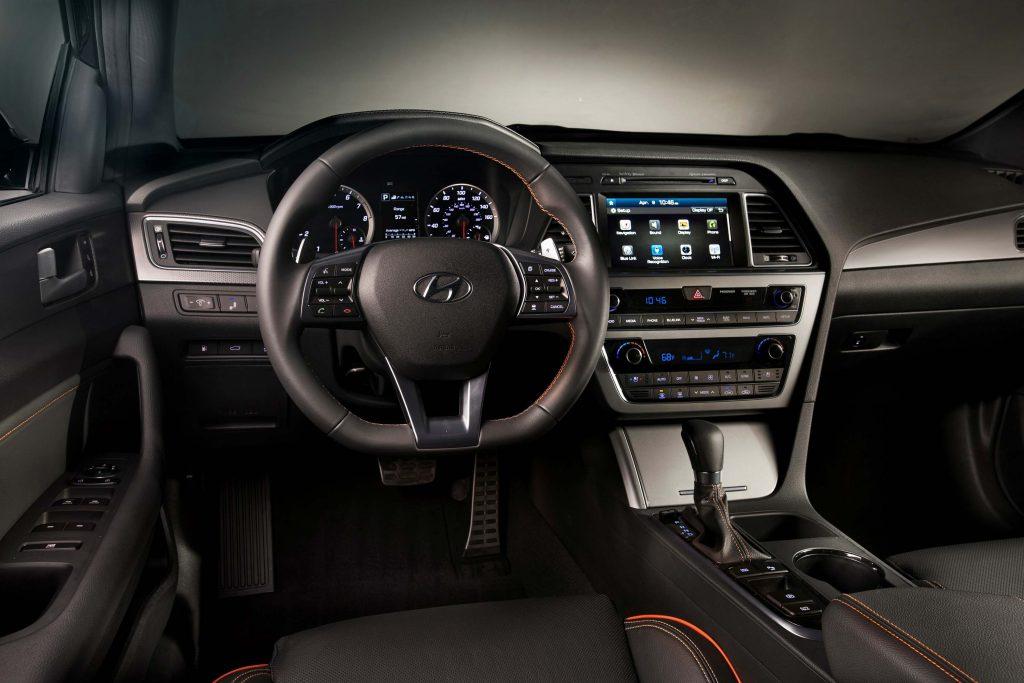 2015 Hyundai Sonata 2.0T - interior, dashboard
