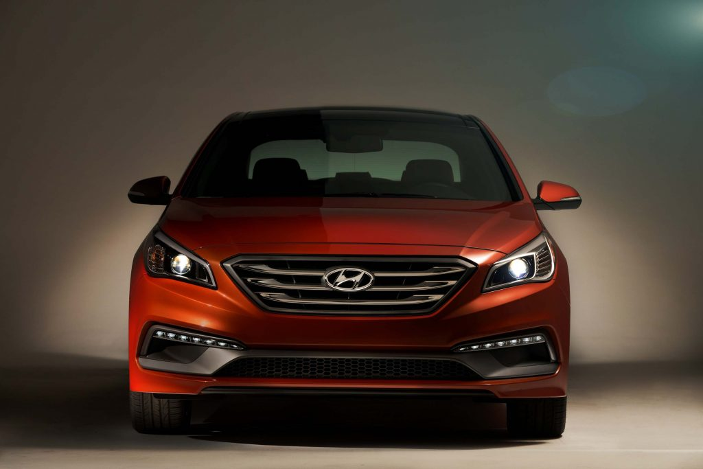 2015 Hyundai Sonata 2.0T - front