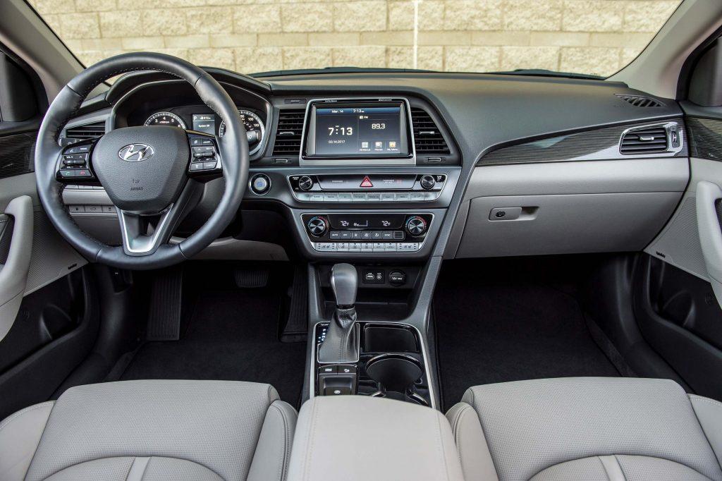 2018 Hyundai Sonata facelift - interior
