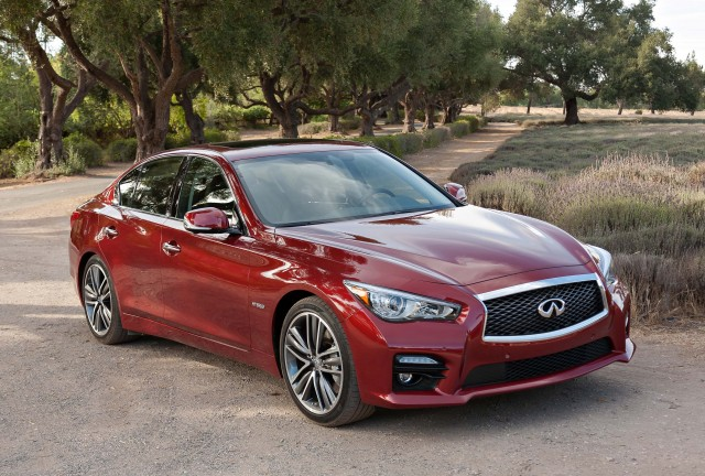 2014 Infiniti Q50 - front, red