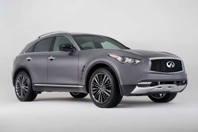 2017 Infiniti QX70 Limited - front