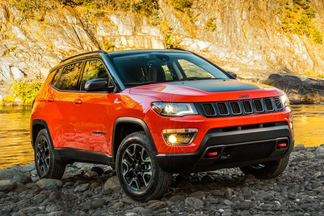 2017 Jeep Compass Trailhawk - front, red and black