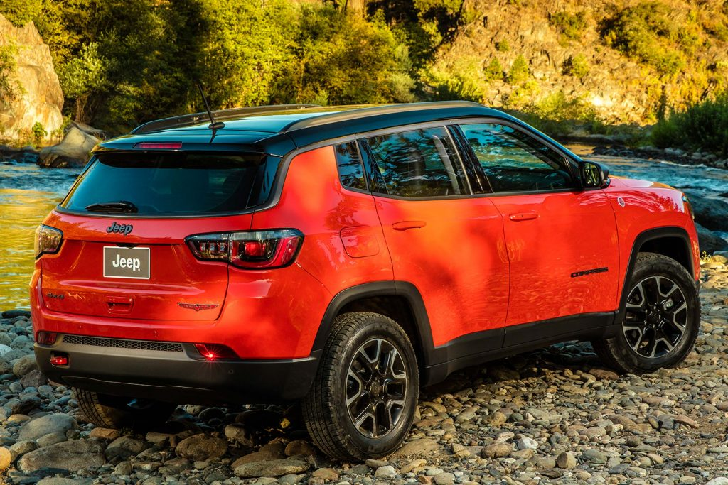 2017 Jeep Compass Trailhawk - rear, red and black
