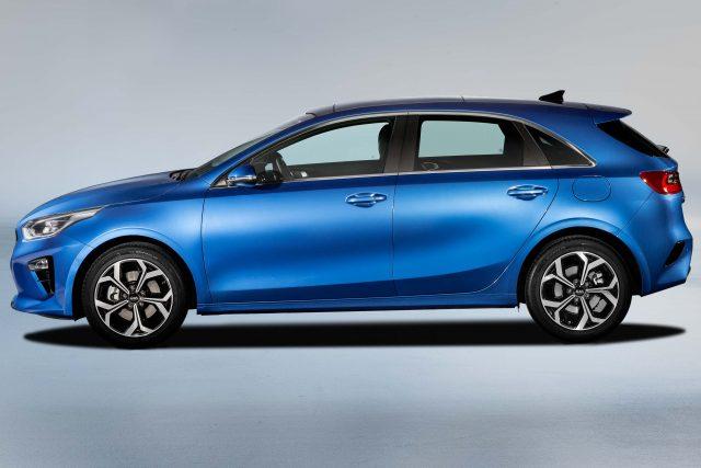 2018 Kia Ceed - side, blue