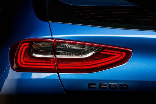 2018 Kia Ceed - taillamps