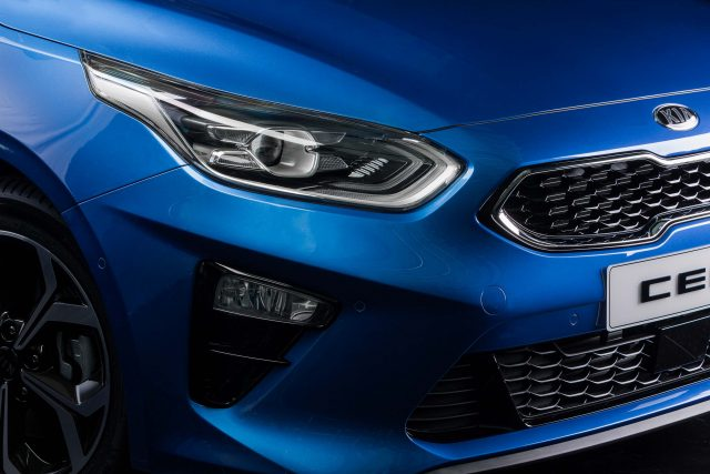 2018 Kia Ceed - headlamps