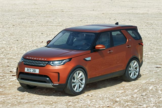 2018 Land Rover Discovery - front, desert, orange