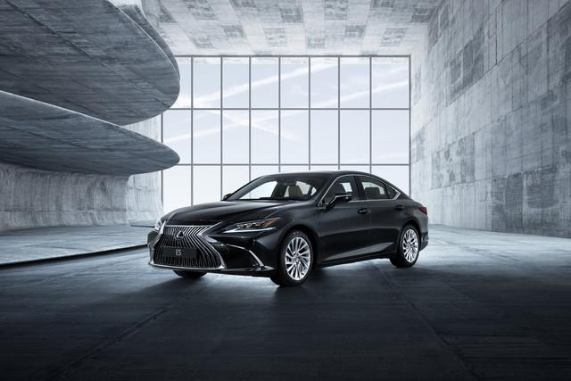 2018 Lexus ES250
