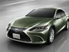 2018 Lexus ES with digital exterior mirrors
