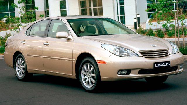 2001 Lexus ES300 - front, beige/champagne