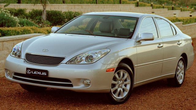2004 Lexus ES300 facelift - front