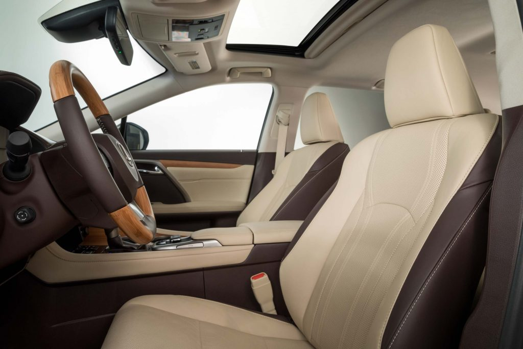 2018 Lexus RX350L - front seats