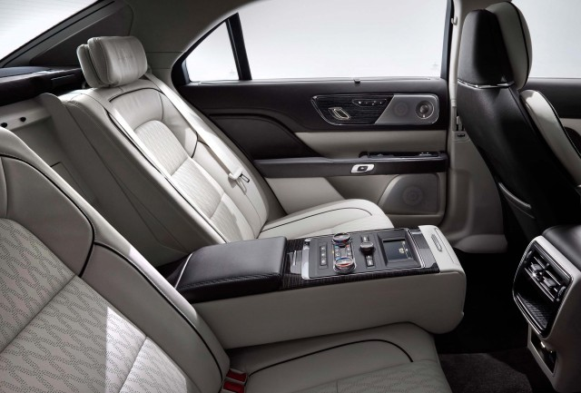 2017 Lincoln Continental - rear seats