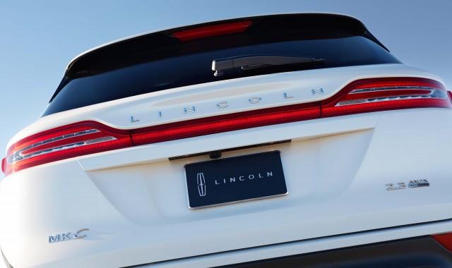 MY2015 Lincoln MKC