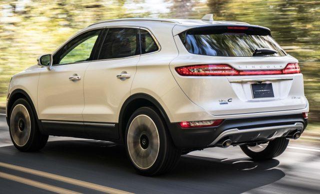 2019 Lincoln MKC facelift - rear, white