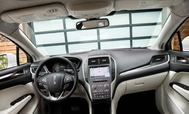 2019 Lincoln MKC facelift - interior, dashboard