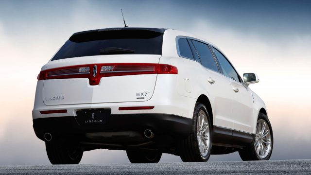 2013 Lincoln MKT - rear
