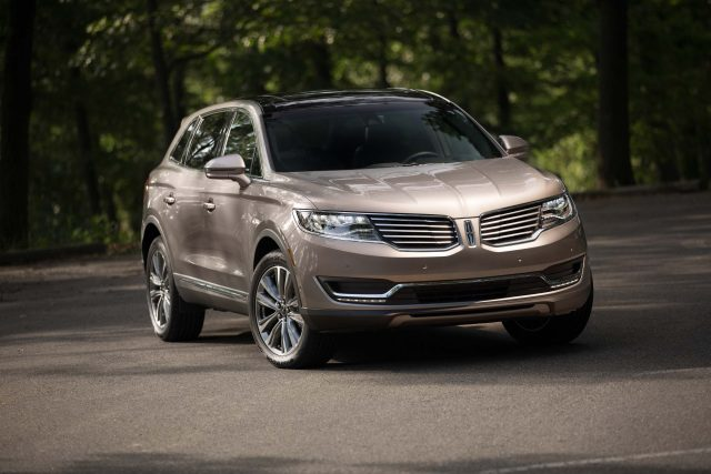 2016 Lincoln MKX - front